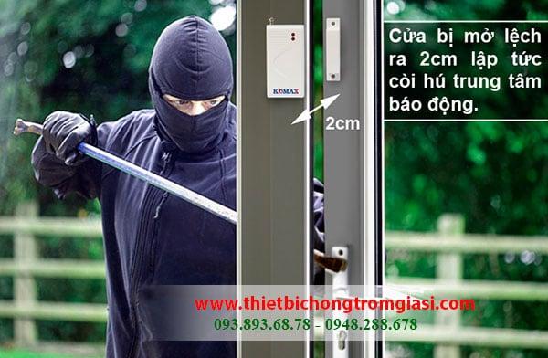 Thiết bị chống trộm độc lập gắn cửa Komax Chính hãng, Giá rẻ chỉ 135K