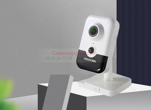 Camera IP Hikvision DS 2CD2421G0 IW 2.0MP Gia Si Cuc Re
